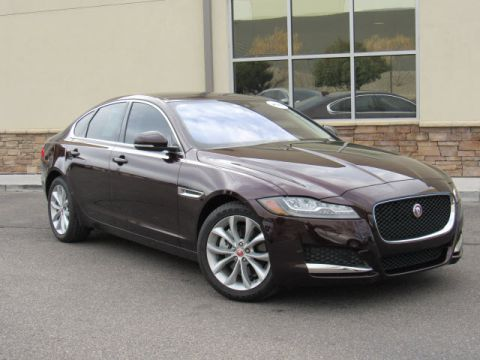 Certified Pre-Owned 2017 Jaguar XF 20d Premium DIESEL AWD With Navigation & AWD